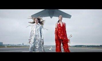 VIDEO JA FOTOD: Teisipäeval toimus Helsingi Vantaa lennujaama maandumisrajal suurejooneline moeetendus