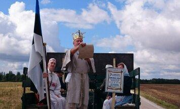 """Rukkikuningas Hans Kruusamägi avas 24. augustil külvipäeva, millega algas aktsioon """"100 rukkipõldu ja miljon juubelileiba Eestile""""."""