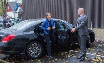 President Kaljulaid Lääne-Viru Maavalitsuses ja Aqva Spordikeskuses