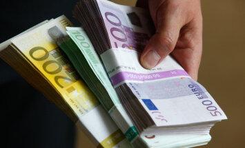 Loe, kuidas investeerimine palgatööga hüvasti jätta aitab