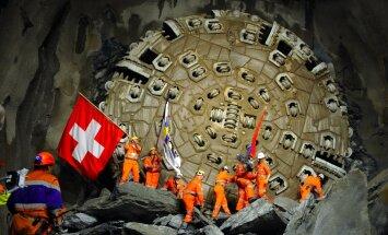 Tunnel uuristati kümnemeetrise läbimõõduga puuri abil.