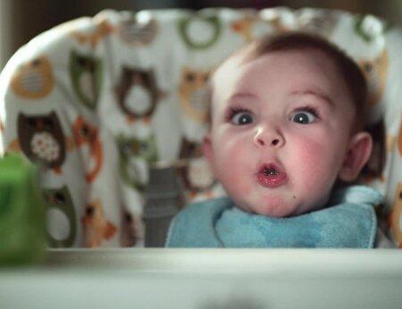 Vaata imearmsat videot, kuidas beebi nutuvõru taas naeratuseks pöörata