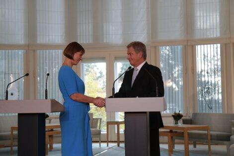 100 SEKUNDIT: Esimestele välisvisiitidele suundunud president Kaljulaid kohtus Soome riigipeaga; Julgeolekueksperdid: Venemaa mängib end üha rohkem nurka