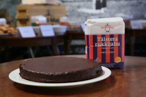 Eesti kõige tervislikumaks talveküpsetiseks valiti Veski Mati täistera rukkijahust šokolaadikook