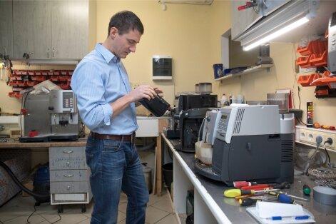 Kõige sagedamini jõuavad töökotta odavamad Krupsi, Boschi ja Siemensi espressomasinad, näitab Deniss Kisseljovi kogemus.