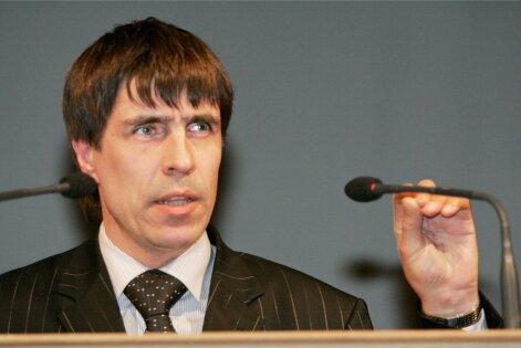 Majandusteadlane Uno Silberg: seisaku vastu aitaks omavalitsuste suurem iseseisvus