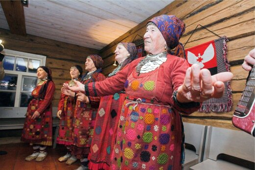 Soome-ugri pidu Obinitsas 7