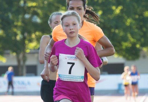 12-aastane tüdruk jooksis Eesti juunioride rekordist kiiremini