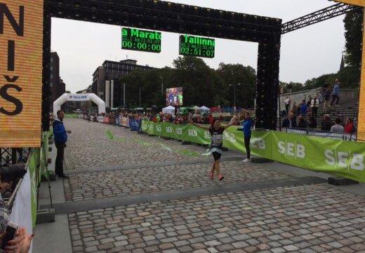 Eesti naisjooksja võitis Soomes rajarekordiga ja edestas ka kõiki mehi
