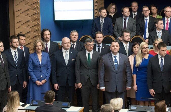 Valitsus andis riigikogus ametivande