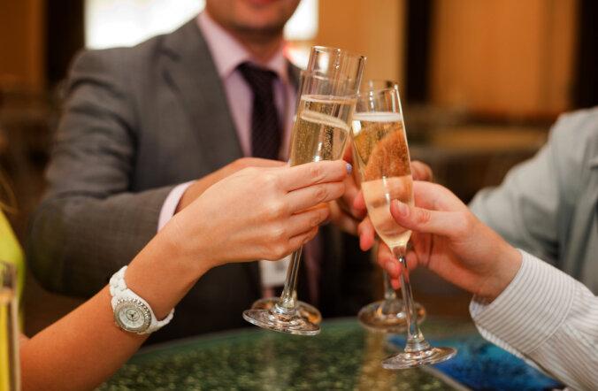 7 советов о том, как безболезненно пережить праздничный вечер
