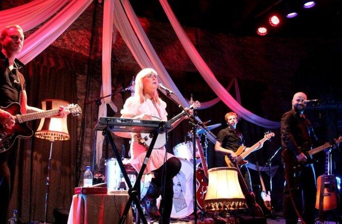 FOTOD: Lenna Kuurmaa ja Mihkel Raud andsid vägeva kontserdi