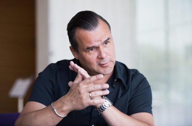 Erik Sakkov