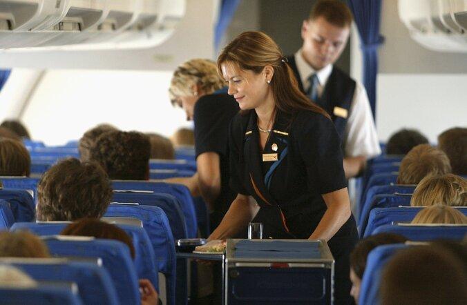 Teenindus lennukis