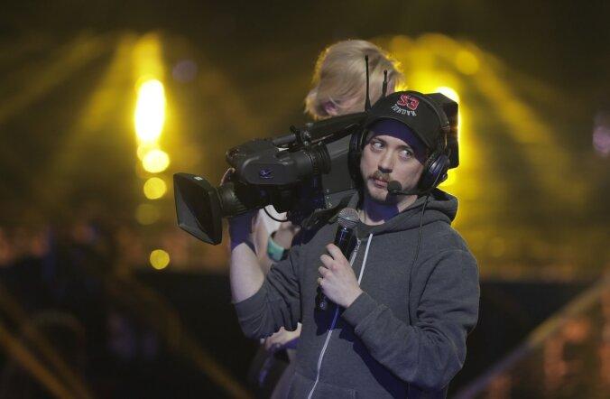 NAERA UUESTI: Filmi- ja teleauhindade gala humoorikad vaheklipid: Tambet teeb tuisku ja nähtamatu operaator tõstab pead