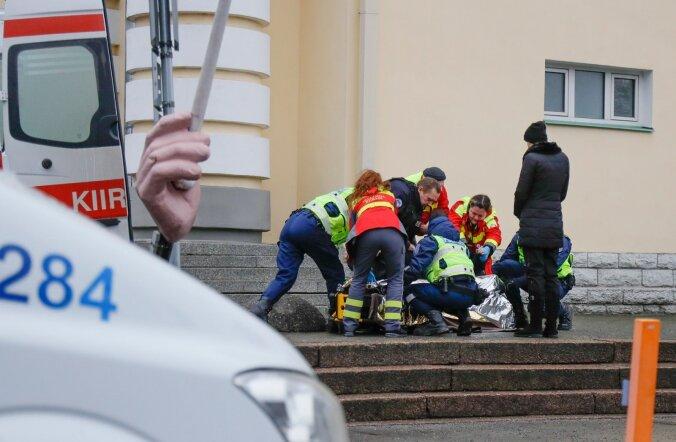 Politseinik sai Estonia juures vigastada