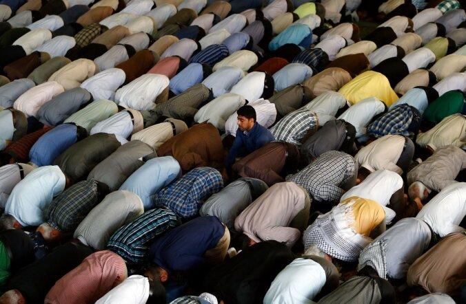 Tervislik koogutamine: uuringust selgus, et islami palverituaal mõjub füüsisele hästi