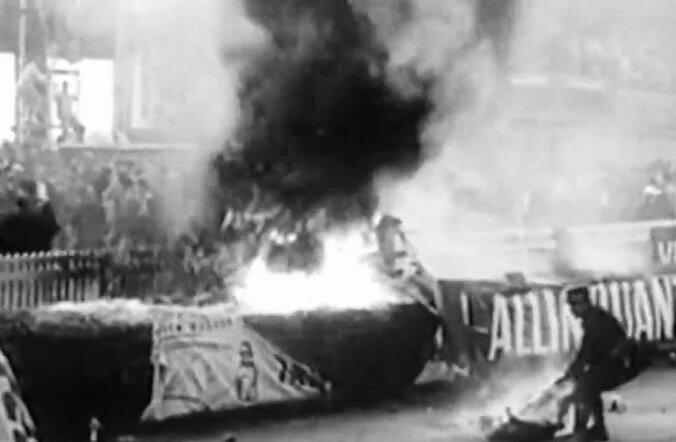 F1 aastal 1955: Autospordi ajaloo rängim, 84 hukkunuga katastroof rikkus terve hooaja