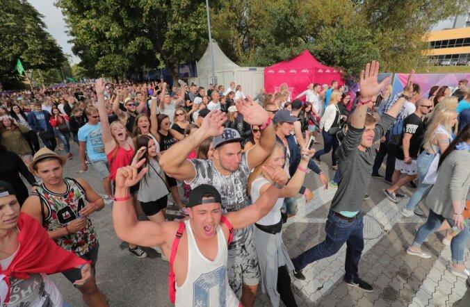 Eesti idufirma kindlustab Weekend-festivali pileti ostjate telefone tasuta