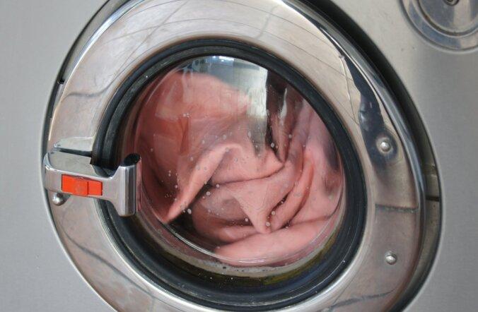 Жена брезгует стирать мое нижнее белье. Мнение 40-летней, 20-летней и психолога