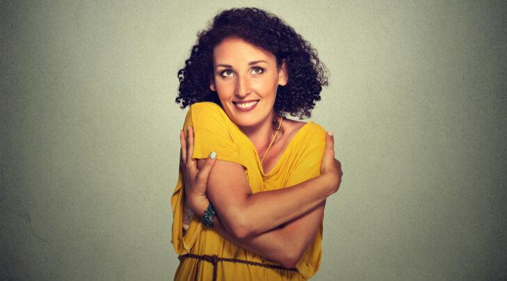 Alkeemia lugemisnurk. Louise Hay: alusta omaenda armastuslugu - loo elu, mis sind toidab ja toetab
