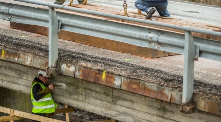 Kuidas silla ehitus ähvardas kolhoosi esimehe trellide taha saata