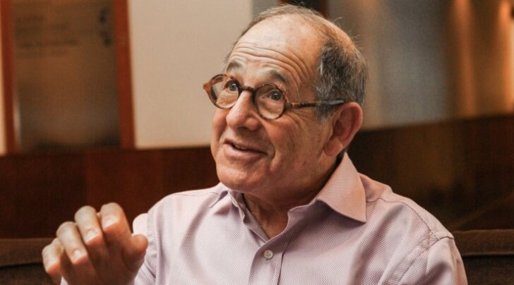 Ralph Simon - mobiilitööstuse veteran