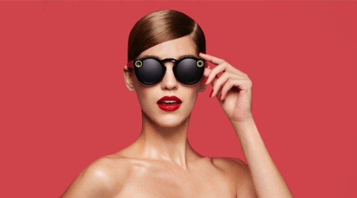 Google'i prillidest eristab Snapchati toodet suur edu.eBays küsitakse prillide eest juba kuni 900 dollarit.