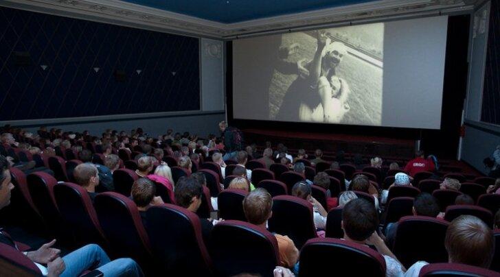 Küsitlus pani Kuressaare rahva kino teemal kaasa mõtlema