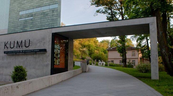 Eesti kunsti peateel seiklemas