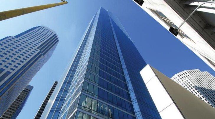 """""""Башня тысячелетия"""" в Сан-Франциско уходит под землю"""