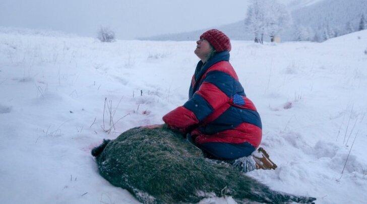 """Film """"Jäljed"""" on ilmselt meelepärane loomaõiguslastele, kuid selles on ka üldisem, ahnuse, vägivalla ja hoolimatuse vastane sõnum."""