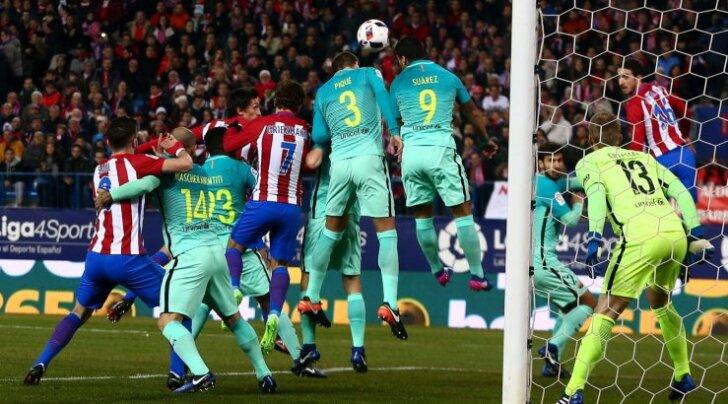 SOCCER-SPAIN-ATM-FCB/CUP
