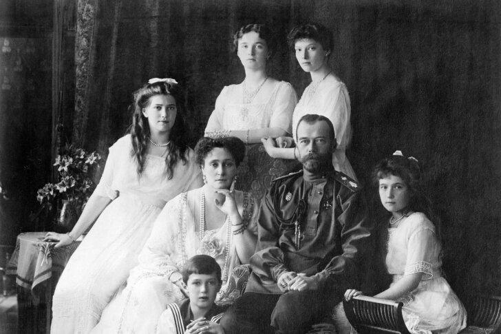"""Tsaar Nikolai II perekonna viimased elunädalad """"eriotsrarbega majas"""""""