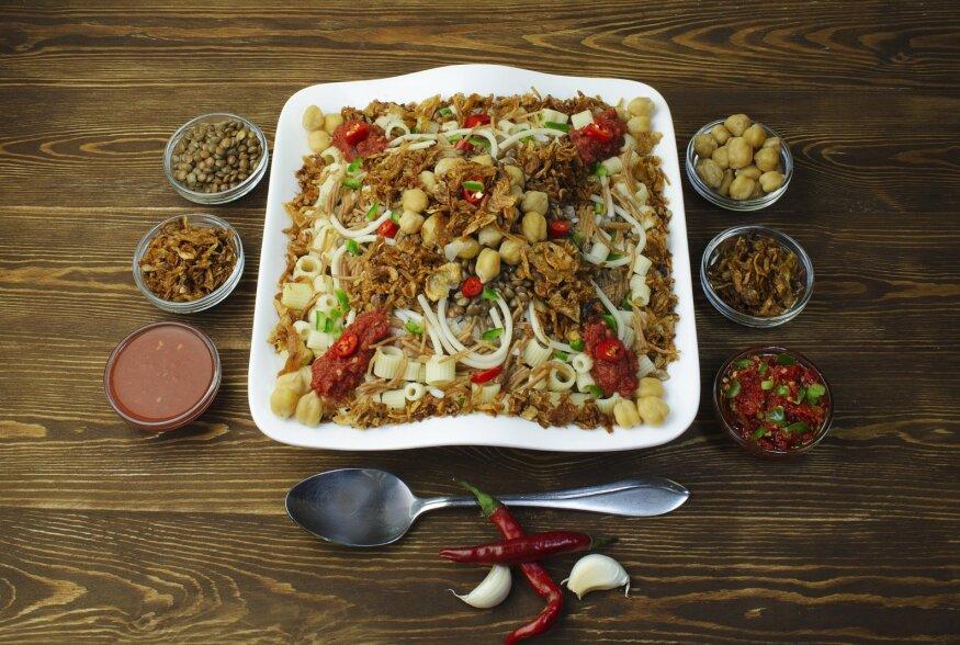 TOIDURAAMATU ARVUSTUS | Juudi köök: koššer-köögis leidub mõndagi suupärast