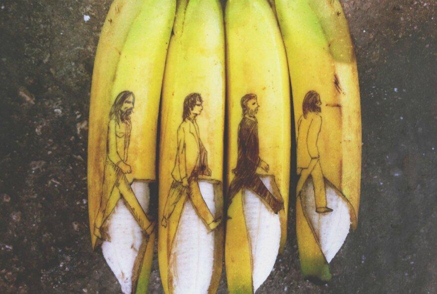 TOIDUKUNST   Löögi all on banaanid: kunstnik vormib banaanid veidrateks kunstitosteks
