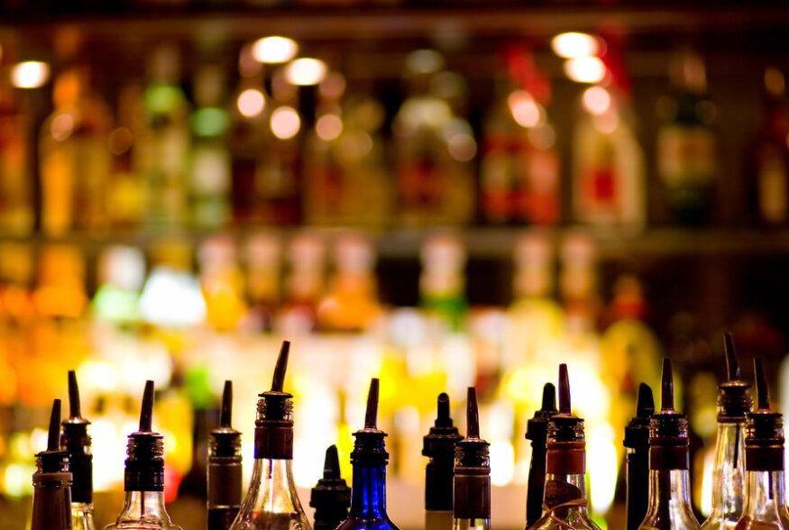 JOOGILEKSIKON | Ka kõige parem liköör olevat inimese halvim vaenlane. Mis jook on liköör?