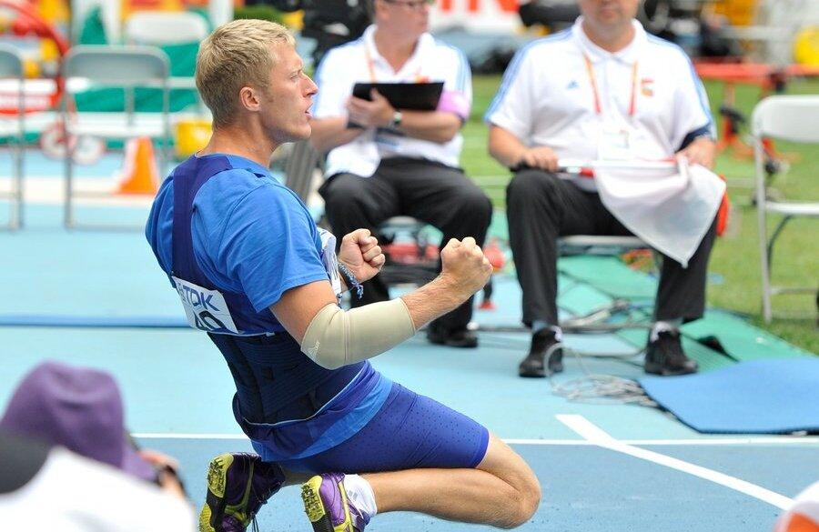 KC Grupp Congratulates Estonian Athletes Mikk Pahapill and Ksenija ...