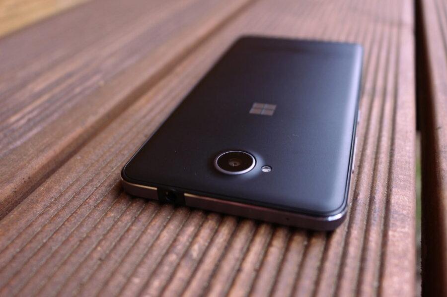 test microsoft lumia 650 windowsiga telefon neile kes ei vaja snapchatti forte. Black Bedroom Furniture Sets. Home Design Ideas