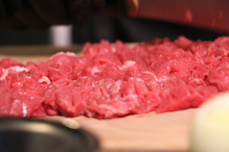 Мясо спольской скотобойни попало напредприятие Lido (уточнено)