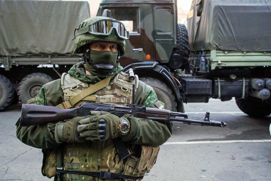 Схваченные вУкраинском государстве «российские пограничники» арестованы на15 суток