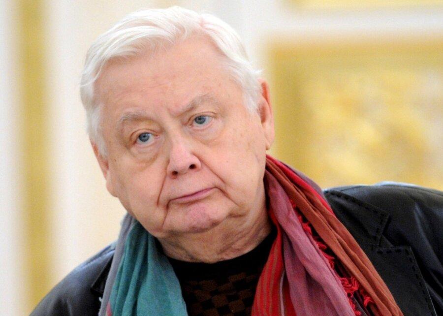 Олег Табаков завещал все свое имущество супруге Марине Зудиной