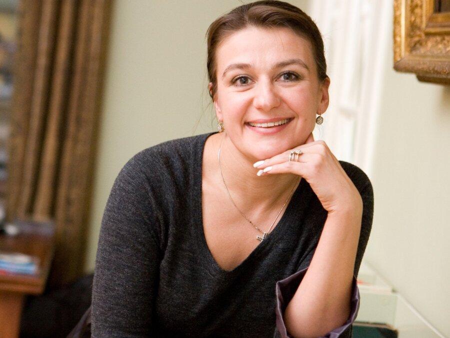 Анастасия Мельникова вПетербурге тайно вышла замуж