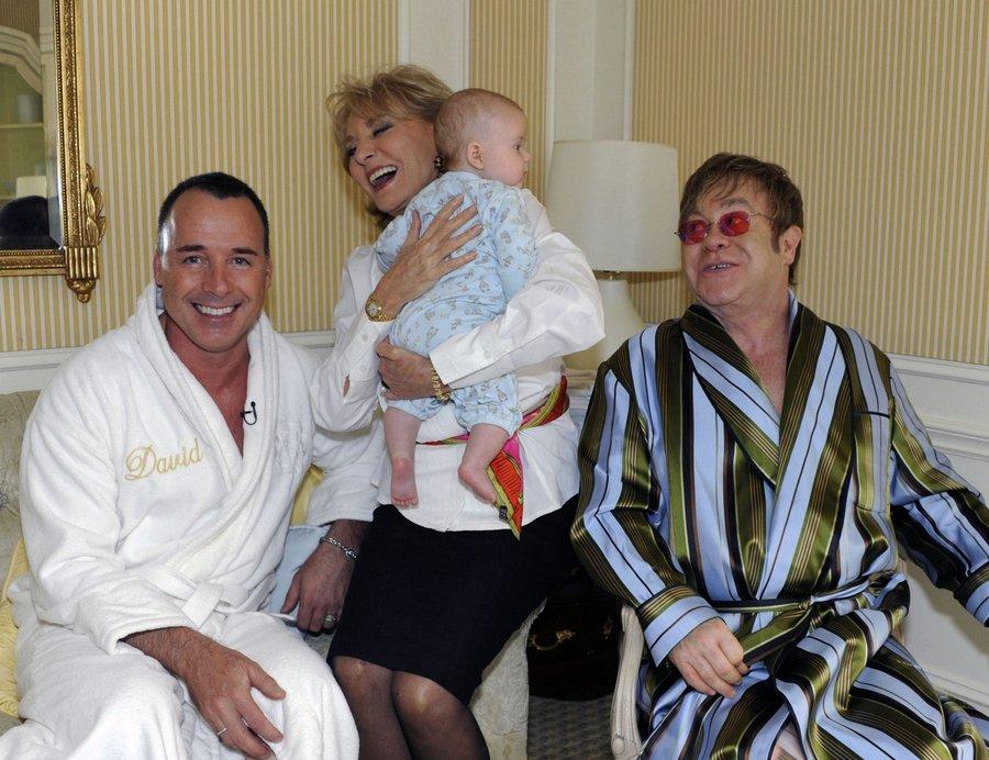 Обьятия старых геев фото архив фото 225-717