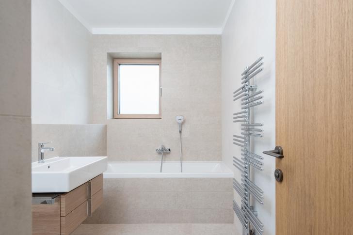 riiulid seinalt kraanikausi alla moodne kodu. Black Bedroom Furniture Sets. Home Design Ideas
