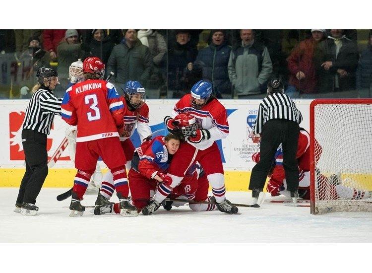 Женская сборная Российской Федерации пробилась вполуфинал МЧМ похоккею