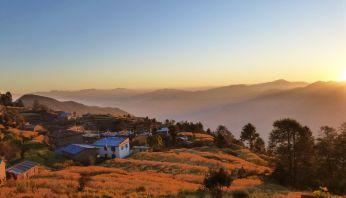 Jalgrattareis Nepalis. Kathmandust Tiibeti piirini.